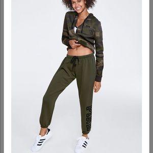XS PINK Half Zip and Jogger Pants - Camo